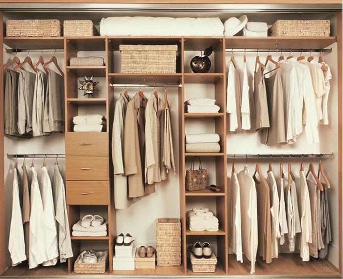 Những mẫu tủ quần áo thông minh cho phòng ngủ nhỏ